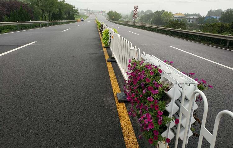 隔离栏绿化景观花盆