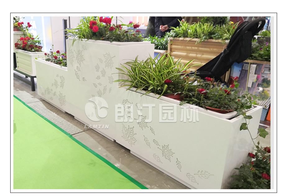镀锌钢面板加套盆花箱