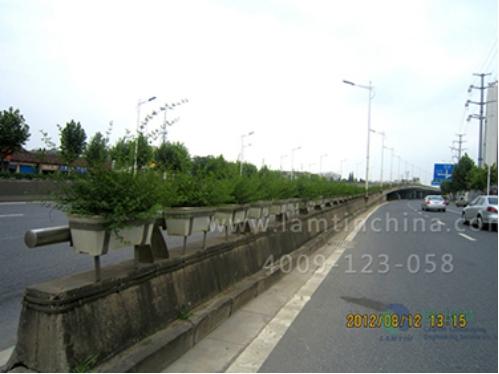 高架桥花盆,会给城市立体绿化带来怎样的效果呢?